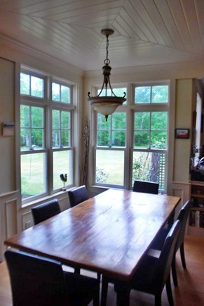 West Tisbury Martha's Vineyard vacation rental - Dining room table