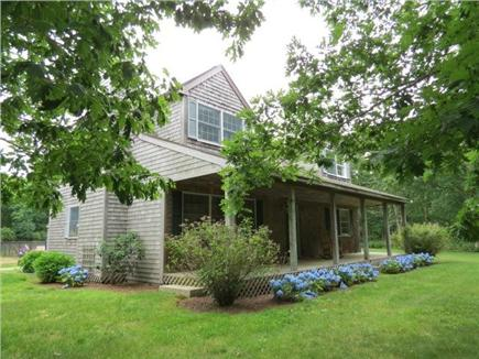 Chilmark Martha's Vineyard vacation rental - Beautifully Landscaped Home
