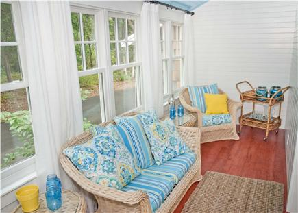 Oak Bluffs, East Chop Martha's Vineyard vacation rental - Cozy sun room, fantastic for morning coffee!