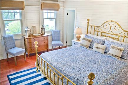 Oak Bluffs, East Chop Martha's Vineyard vacation rental - LARGE Master Bedroom - King Bed with private ensuite bath