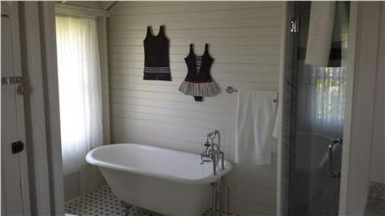 Oak Bluffs, East Chop Martha's Vineyard vacation rental - Soak away your stress in the Master Spa