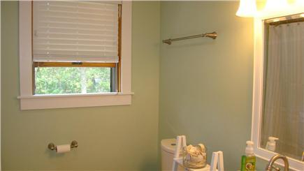 Oak Bluffs Martha's Vineyard vacation rental - Upstairs bathroom