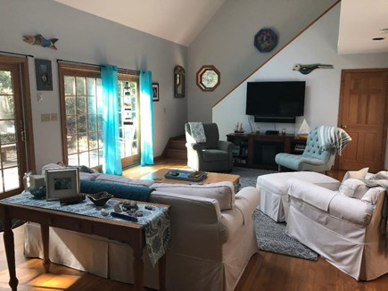 Edgartown, Dodger's Hole Martha's Vineyard vacation rental - Living area with stairs