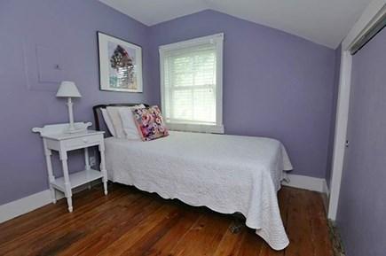 Oak Bluffs Martha's Vineyard vacation rental - 2nd Floor Twin Bedroom