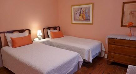 Oak Bluffs Martha's Vineyard vacation rental - 2nd Floor 2 Twins