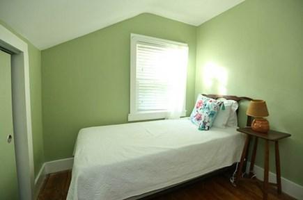 Oak Bluffs Martha's Vineyard vacation rental - 2nd Floor Twin Bedroom 2