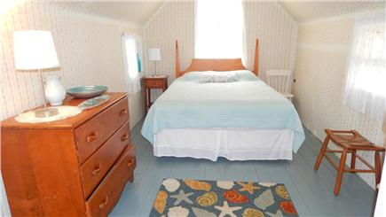 Oak Bluffs Martha's Vineyard vacation rental - Bright Bedroom with Queen Bed and Air conditioning