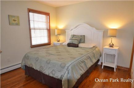 Edgartown Martha's Vineyard vacation rental - Queen Guest Room