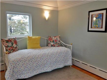 Oak Bluffs Martha's Vineyard vacation rental - Twin Size Day Bed 2nd Floor