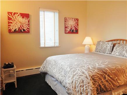 Oak Bluffs Martha's Vineyard vacation rental - Queen Bed 1st floor