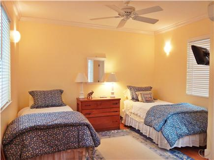 Oak Bluffs Martha's Vineyard vacation rental - Two Twin Beds 1st floor