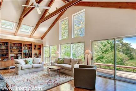 Chilmark Martha's Vineyard vacation rental - Indoor, outdoors