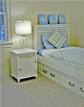 Oak Bluffs Martha's Vineyard vacation rental - Twin room 2