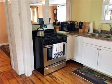 Oak Bluffs Martha's Vineyard vacation rental - Kitchen stove ready to cook some family meals