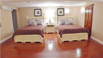 Oak Bluffs Martha's Vineyard vacation rental - Lower level, 2 queen en suite