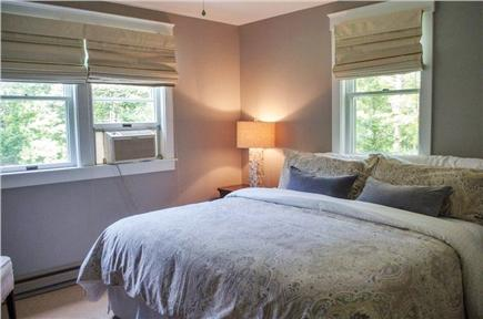 Oak Bluffs Martha's Vineyard vacation rental - First floor King Size Bed