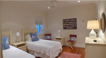 Edgartown Martha's Vineyard vacation rental - Lower level twin bedroom with private bath