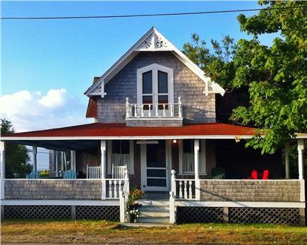 Oak Bluffs, Waban Park Martha's Vineyard vacation rental - Easy Breezy. Waban Park. Oak Bluffs. ID 25820