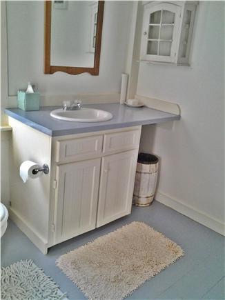 Chappaquiddick, Edgartown Martha's Vineyard vacation rental - First floor bathroom