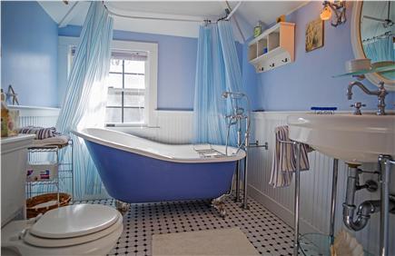 Oak Bluffs Martha's Vineyard vacation rental - Romantic claw tub bathroom with shower head/2nd floor