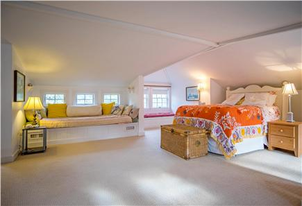 Oak Bluffs Martha's Vineyard vacation rental - Spacious bedroom with king bed and extra large window seat/bed
