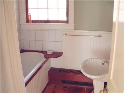 West Tisbury, North Tisbury Martha's Vineyard vacation rental - Downstairs bath with large soaking tub