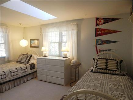 Oak Bluffs Martha's Vineyard vacation rental - Spacious Twin Bedroom