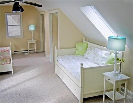 Edgartown Martha's Vineyard vacation rental - Large bedroom