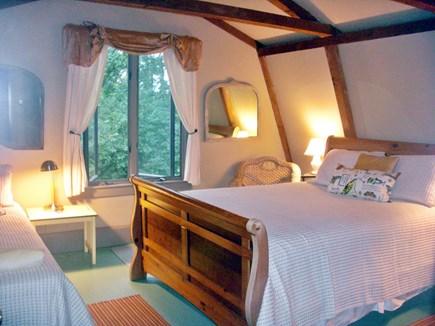 Chilmark Martha's Vineyard vacation rental - Bedroom 3 Queen and Twin