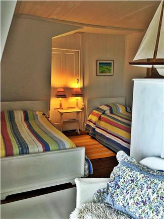 Oak Bluffs, Copeland district. In town by  Martha's Vineyard vacation rental - Children's 'suite' . 2 twin beds. Room open to dbl bedroom. Deck.