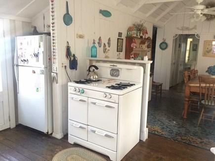 Oak Bluffs Martha's Vineyard vacation rental - Kitchen(vintage 1947 O'keefe & Merrit stove)
