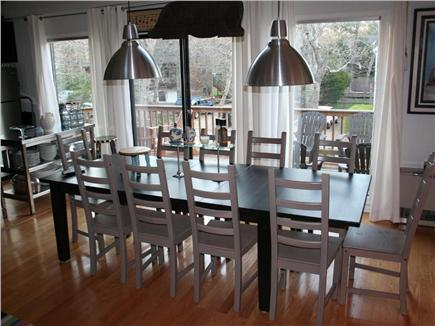 Vineyard Haven, Tisbury Martha's Vineyard vacation rental - Indoor or outdoor dining