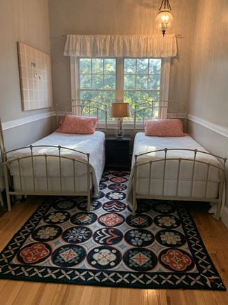 Oak Bluffs, East Chop Martha's Vineyard vacation rental - Bedroom 4 with 2 twin beds and nightstand