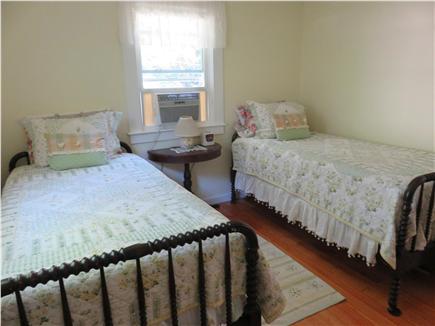 Oak Bluffs, Oak  Bluffs Martha's Vineyard vacation rental - 3rd Bedroom also with two twin beds