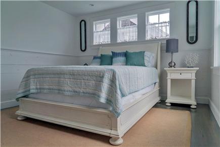 Oak Bluffs Martha's Vineyard vacation rental - Second floor bedroom (queen bed)