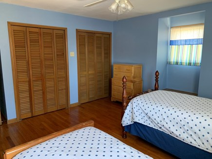 Katama - Edgartown Martha's Vineyard vacation rental - Twin bedroom. Lots of light and a window seat