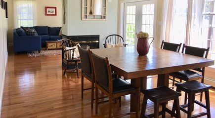 Oak Bluffs Martha's Vineyard vacation rental - Dining for Family and Friends