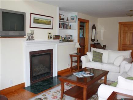 Oak Bluffs Martha's Vineyard vacation rental - Large sunlit living room