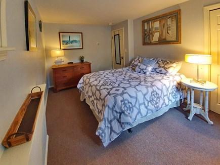 Oak Bluffs Martha's Vineyard vacation rental - Queen Bedroom 4 w/TV