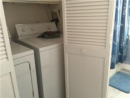 Edgartown Martha's Vineyard vacation rental - Full size washer and dryer