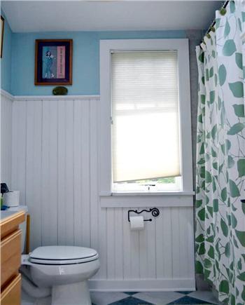 Katama - Edgartown Martha's Vineyard vacation rental - Shared bath 2nd floor