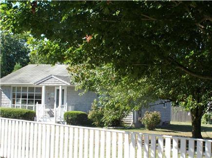 Edgartown Martha's Vineyard vacation rental - Cozy home on quiet street walking distance from Lower Main Street