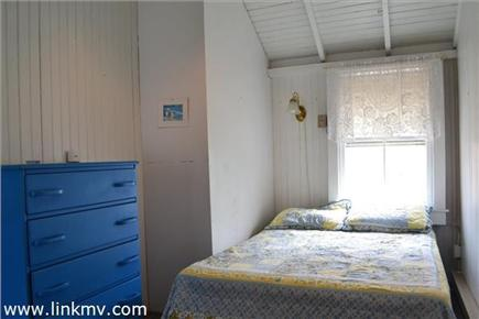 Oak Bluffs Martha's Vineyard vacation rental - Middle bedroom #3 with new full bed, to be updated 2017