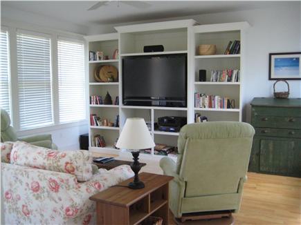 Edgartown Martha's Vineyard vacation rental - Sunroom entertainment center/SurroundSound and full sleeper sofa