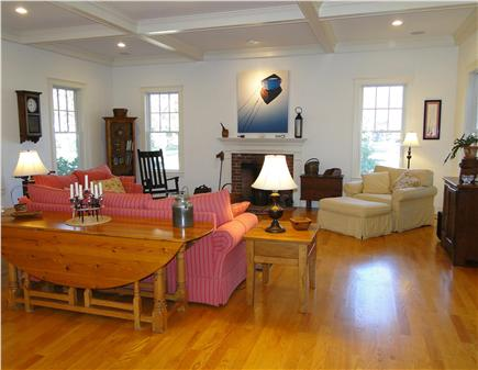 Edgartown Martha's Vineyard vacation rental - Lovely living room with 11 foot ceilings, decorative fireplac