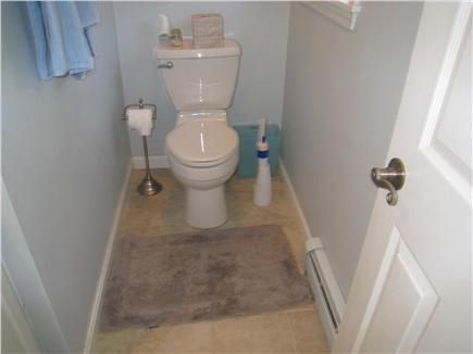 Katama - Edgartown, Edgartown Martha's Vineyard vacation rental - First floor half bath