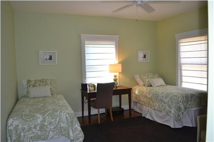 Oak Bluffs Martha's Vineyard vacation rental - Fourth bedroom has two twins beds