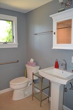 Edgartown Martha's Vineyard vacation rental - First Floor Bathroom
