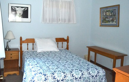 Edgartown Martha's Vineyard vacation rental - First Floor Bedroom Full Size Bed
