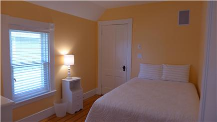 Oak Bluffs Martha's Vineyard vacation rental - 2nd floor Double peach bedroom